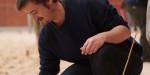 Eingraben verboten: Tobi beim sorgfältigen Aufstellen der Kubbs