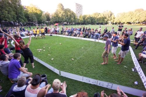 Die Belgier feiern ihren ersten Sieg beim Swiss Kubb Open
