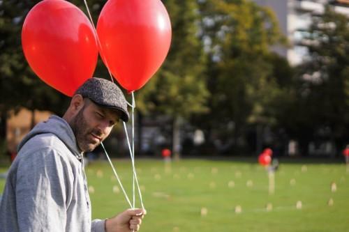 Lünde verteilt die Ballone